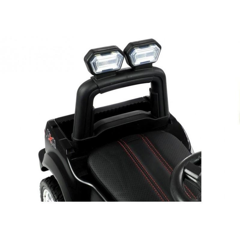 Paspiriama mašinėlė FORD RANGER juoda