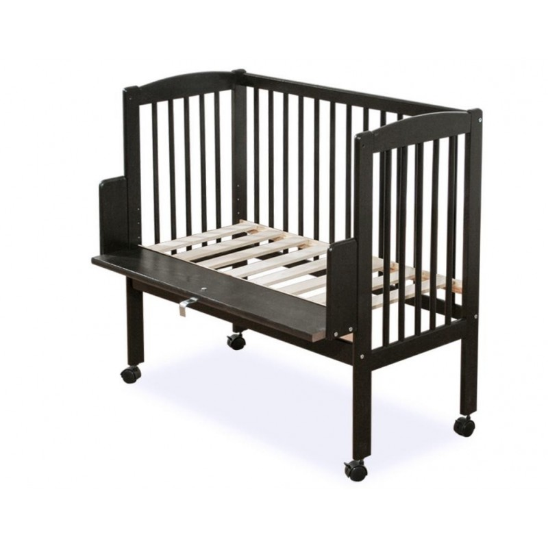 Mini vaikiška lovytė prie tėvų lovos, juoda