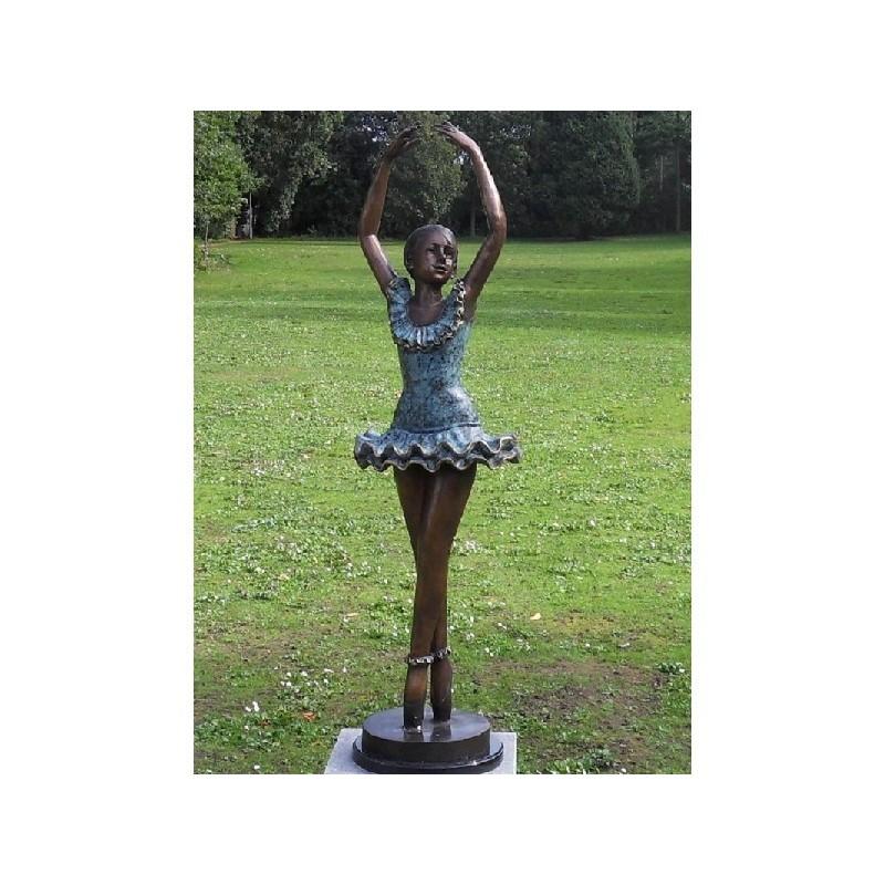 Sodo skulptūra H 135 cm E89090