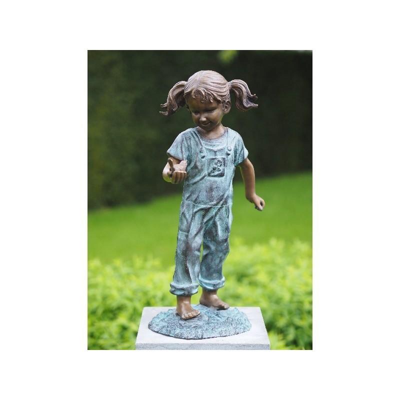 Sodo skulptūra H 50 cm Mergaitė su paukščiu