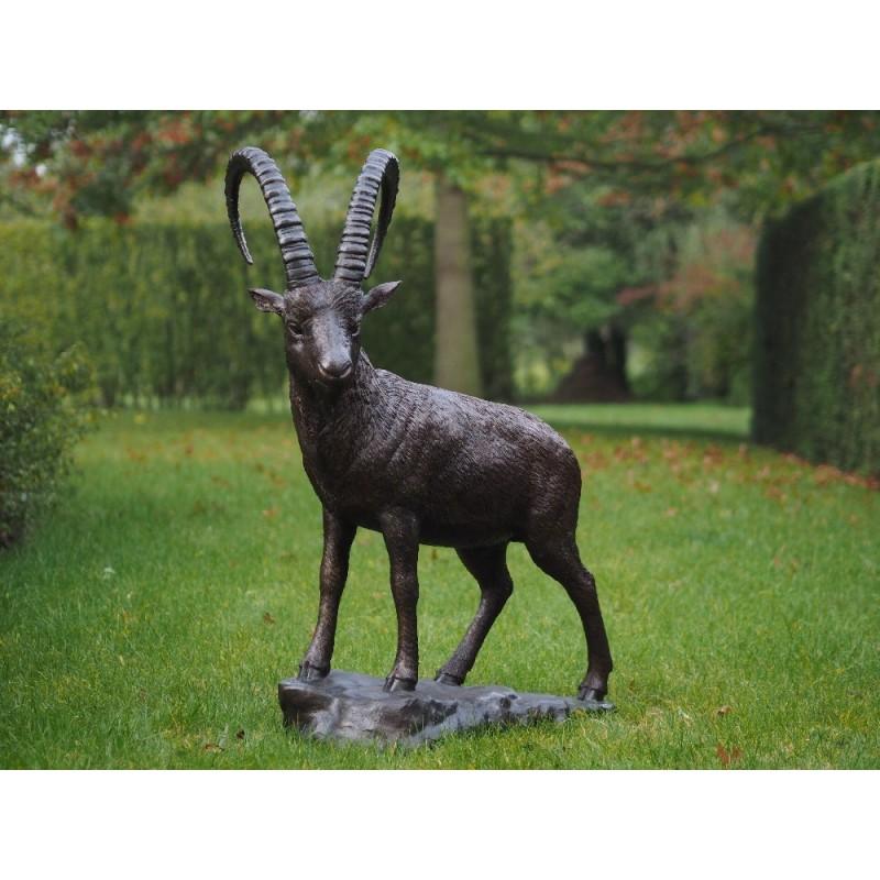 Sodo skulptūra H 120 cm E1276