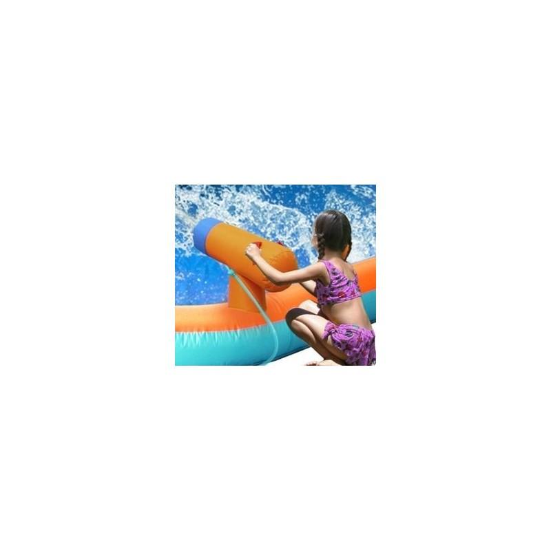 Pripučiamas batutas vandens čiuožykla su patranka