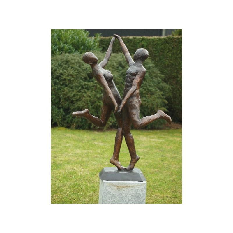 Sodo skulptūra Šiuolaikinių šokių pora, 135x65x95