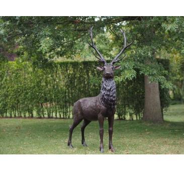Sodo skulptūra Didelis elnias, 216x66x112