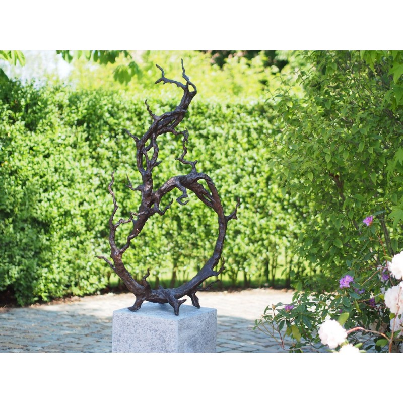 Sodo skulptūra Šiuolaikinis medis, 133x80x38