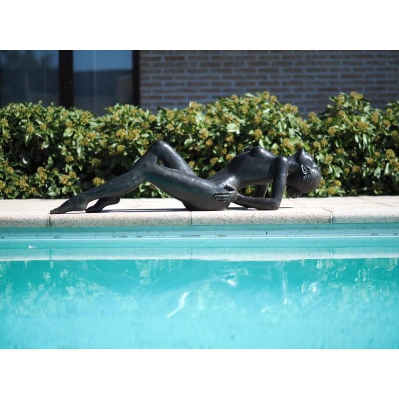 Sodo skulptūra Moteris, 29x35x129