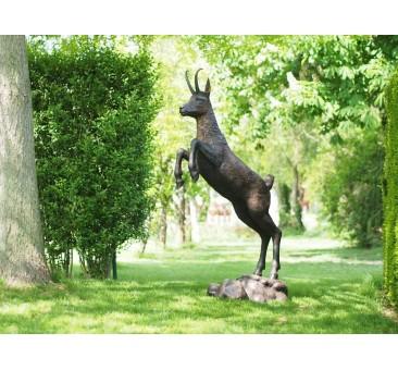 Sodo skulptūra Gemzė, 172x42x90