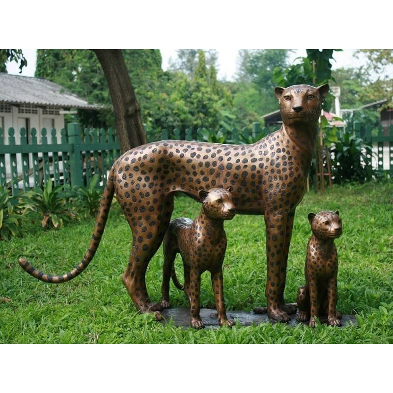 Sodo skulptūra Gepardų šeima, 109x69x163