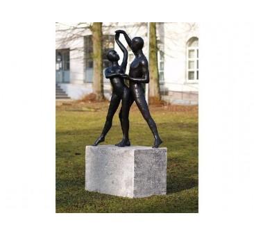Sodo skulptūra Šiuolaikinių šokių pora, 147x40x60