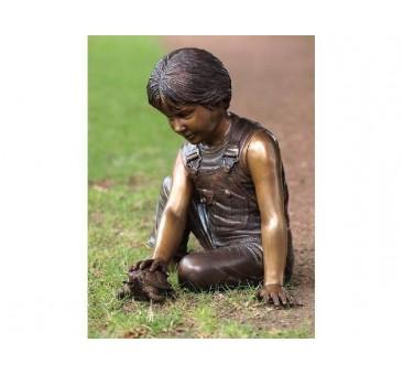 Sodo skulptūra Berniukas su vėžliu, 48x42x43