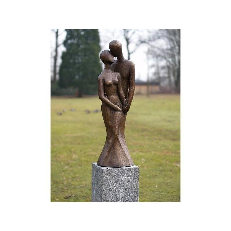 Sodo skulptūra Šiuolaikinė pora, 95x30x30
