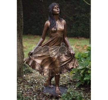 Sodo skulptūra H 135 cm, E1143